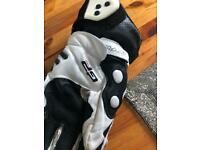 Motorcycle gloves XXL Black and white