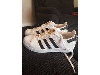 Adidas original superstar trainers (NEW)