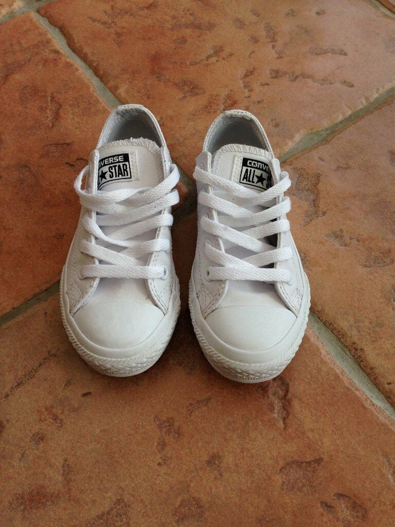 Children's Converse white trainers size UK 11