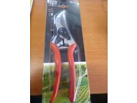 felco 2 secateurs garden tool
