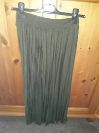 Dark green long skirt. Size 6.