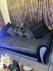 Comfy 2 & 3 fabric sofa