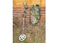 LASER RAPIER 2 MOTION METAL DETECTOR CAMO STYLE WITH HEADPHONES AND BAG
