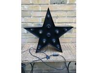 Black metal Broadway star-shape lamp