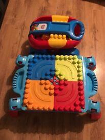 Mega blocks table and wagon
