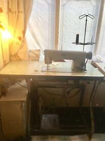 Heavy duty PFAFF Industrial sewing machine working perfect very reliable PRP £800 NO OFFERS