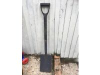 Garden spade pick up from fratto £4