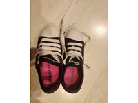 Heelys X2 Fresh - Black/Pink Size 13 **IN EXCELLENT CONDITION**