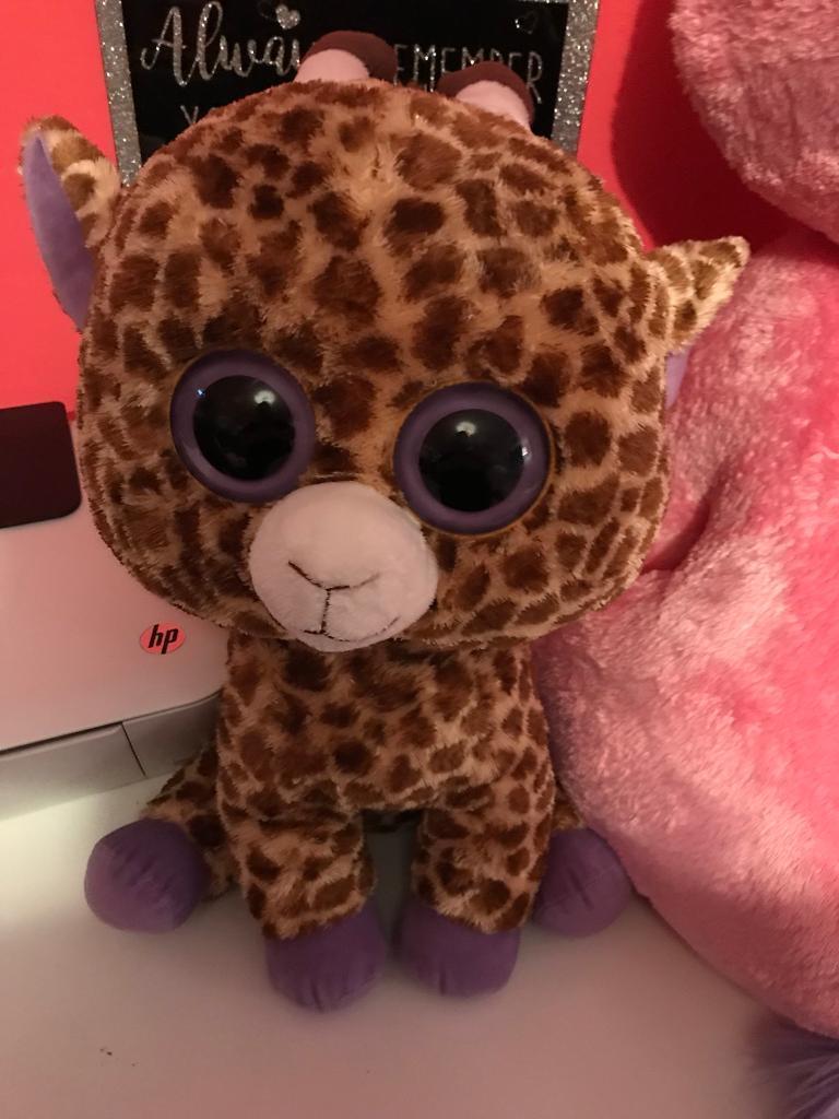 Large TY beanie boo giraffe***