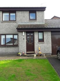 3 bedroom semi detached with garage for rent
