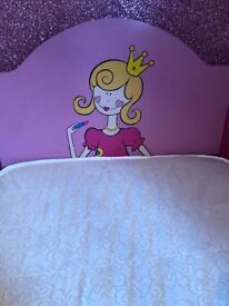Pink single bed with princess headboard (comes with mattress)