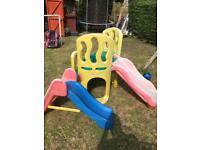 Little Tykes Hide and slide / Climb & Slide