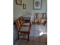 EXTENDABLE WOODEN TABLE AND CHAIRS