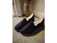 Flat chunky soul shoes size 4
