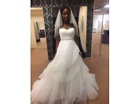 Brand new wedding dress (size 16)