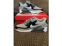Nike air max 90 size 10 brand new in box