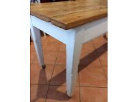 Antique Farm House Table - a unique and special piece of furniture !!!
