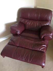 3 seater leather sofa and 2 leather recliner chairs