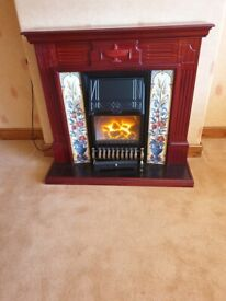 Electric fire with classic fireplace