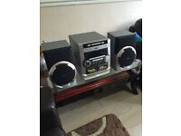 PHILIPS FW-C155 Mini HIFI system w speakers cd ,cassette ,radio AM/AF