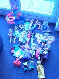 Barbie Bundle of *13 Dolls, *5 Mermaids & Barbie Puppy Water Play Park