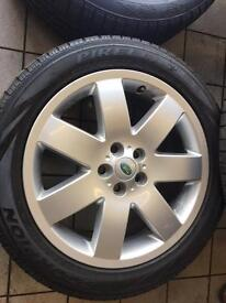 "20"" Range Rover alloys"