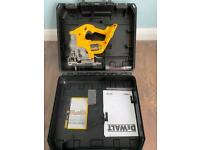DeWalt DC330 18V Cordless Jig Saw with Box & Manual