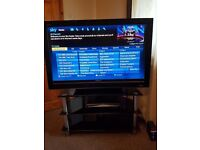 "40"" sony tv bravia HD1080 withwith glass stand"