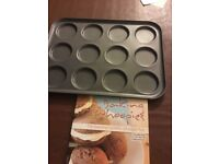 Whoopie pie tin nd cookery book