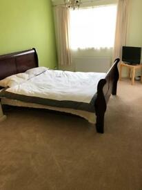Large double room with ensuite bathroom beautiful