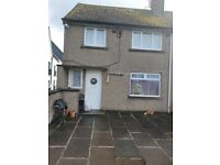 3 Bedroom Maisonette house £1000 pm. DSS welcome with guarantor