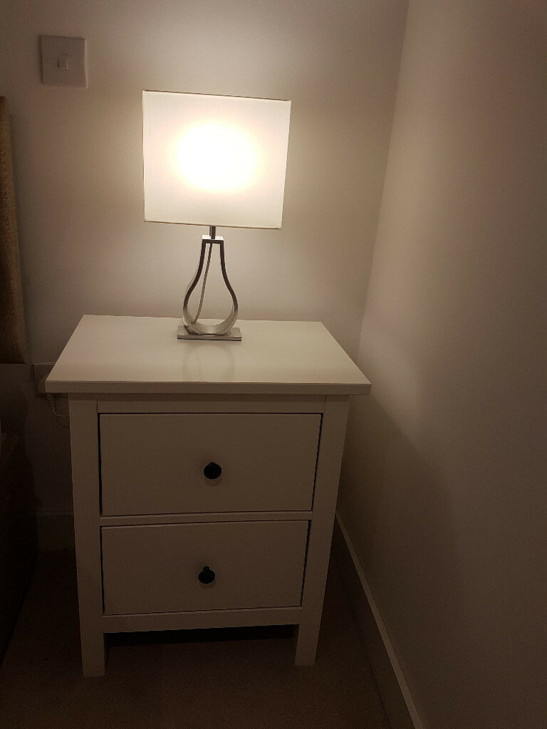 2 Bedside Tables Chest Of Drawers White Bedroom