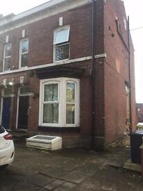 Park Road, Bolton. ONE BED ROOM SELF CONTAINED FLAT.
