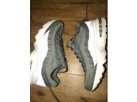 Nike 95 trainers worn twice , originally £125 need gone urgently please 🙃