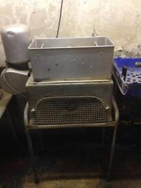 Chipper - chips cutter machine - Fish and Chips