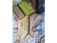 Used but excellent condition ted baker bag and purse