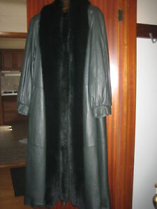 Full Length Dark Green Leather Coat with Fox Trim-Size 10/12