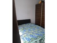 Spacious Double room for rent in Eastham in an Indian Family Home - 07830 256 120