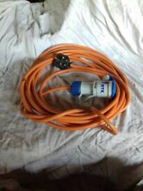 240v hook up cable, 9mtrs, Good condition