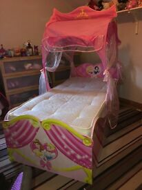 Disney princess carriage single bed (mattress not included)
