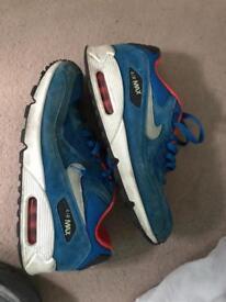 Nike air size 9