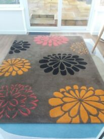 Large kirsch style rug