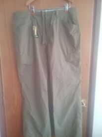 Maine trousers. New