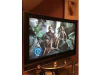 "Sony Bravia 40"" LCD Digital TV with Sony DVD/CD player"