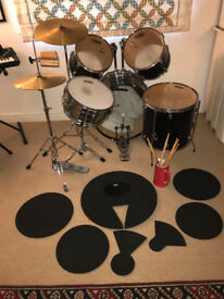 Performance drum kit for beginners, used but in perfect working order.