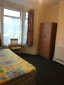 Double bed room is available in Katherine road