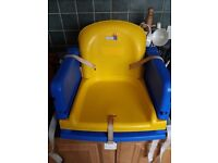 Kids dinner table booster seat