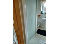 Aqualux white square enclosure with opaque design on ddoor and side