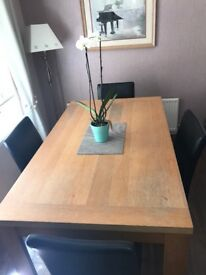 Wooden dinning table and 4/6 chairs