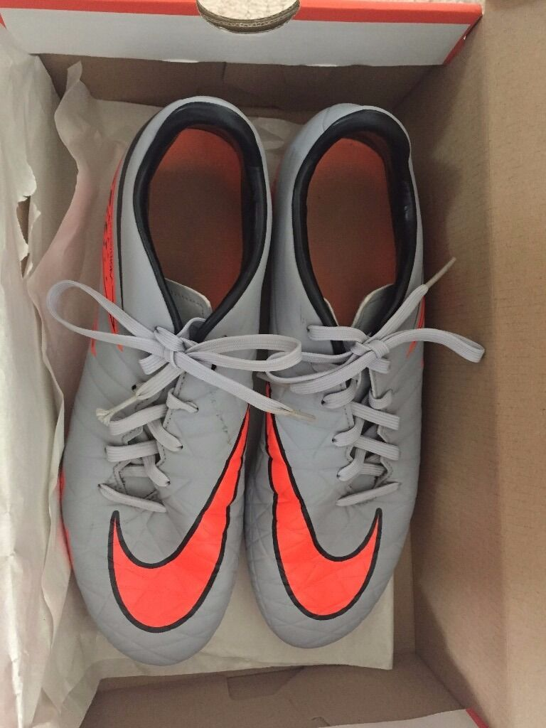 Nike Hypervenom Phelon II FG, size UK8/Eur42.5in Chelsea, LondonGumtree - Nike Hypervenom phelon II FG football boots for sale Size UK8/Eur42.5 Condition Worn once, as new condition Local pick up only from Chelsea. Cash on collection